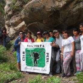 Autisha club mochilea Perú