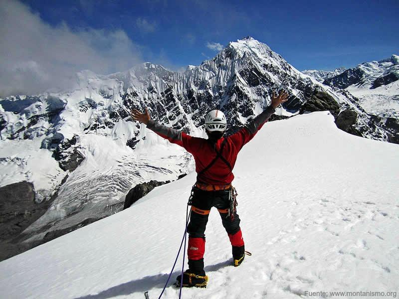 Escalada En Nevado Ausangate De Aventura