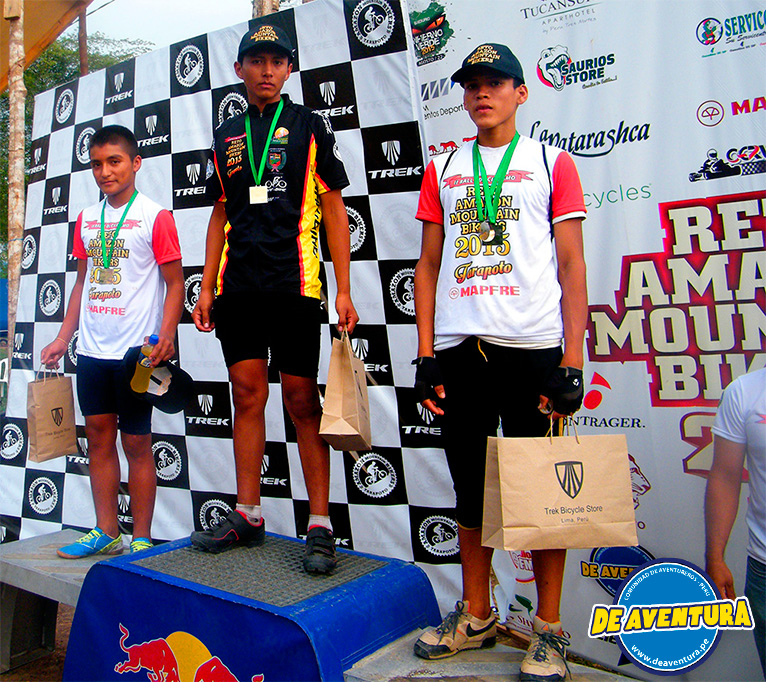 ganadores juniors reto amazon mountain bikers