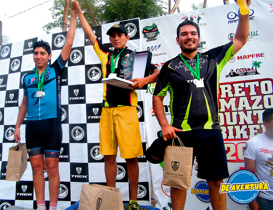 ganadores novatos-A reto amazon mountain bikers
