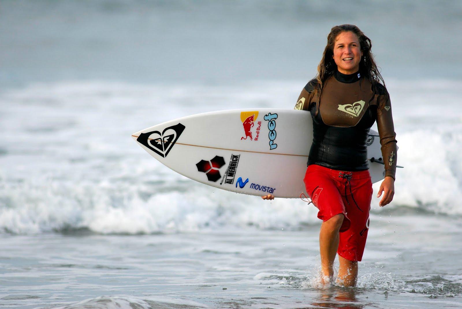 Las 10 mejores Olas para surfear en Perú